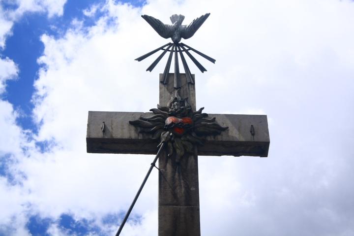 corazon-crucificado-amar-hasta-el-extremo