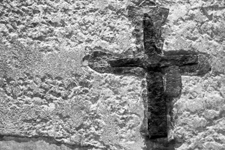 cruz-persecucion
